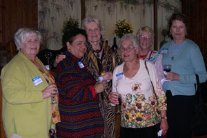 League members Beverly Miller, Danna Dyer, Ilse Krisst, Marlene Wenograd, Doris Hedrick, and Susan Fellman enjoy the cocktail hour at the Pond House Restaurant in Elisabeth Park.